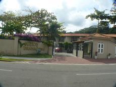 Portaria e entrada principal do Búzios Internacional Apart hotel