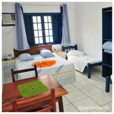 Apartamento com frigobar, TV a cabo, internet, Ventilador de teto e Telefone interno.