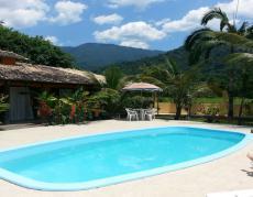 Venham conhecer esta piscina da Pousada Quatro Estações Paraty, em umas das maias belas regiões de nosso litoral.