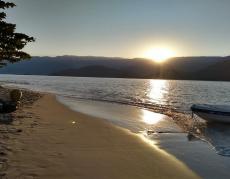 Bela praia de São Gonçalo, ideal para família.