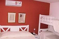 Apto.quádruplo, formado por uma cama de casal e um beliche