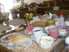 Foto do seu café da manhã , tirada por um hóspede.