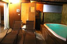 Piscina e sauna privativa Suíte Master