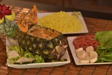 camarão no abacaxi