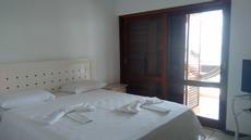 Suíte 1 apartamento vista para o mar 2º andar