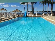 O Hotel Vale do Sol possui um dos maiores complexo aquático das Estâncias. São 10 piscinas, sendo 5 piscinas tropicais com vista panorâmica para as montanhas do circuito das águas.