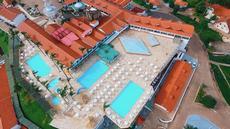 Foto Aérea da piscinas Tropicais