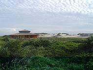 Barraca de praia  nas dunas