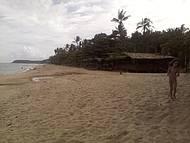 Caminhando na Praia Mais Linda do Brasil