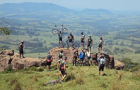 Mirante Gigante Adormecido - cicloturismo na Cuesta de Botucatu