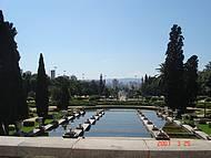 Vista das fontes do jardim.