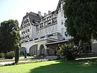 Esse merece mil fotos: Palácio Quitandinha- vista externa