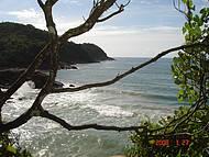 Vista da trilha para Praia do Meio
