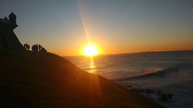 Pôr do sol no Farol da Barra