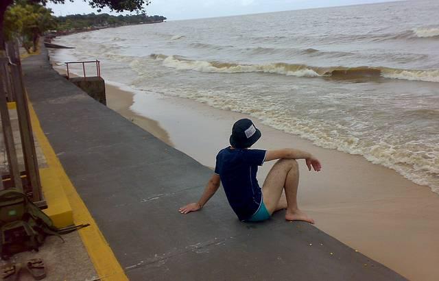 Visual. Areias curtas, águas tranquilas...