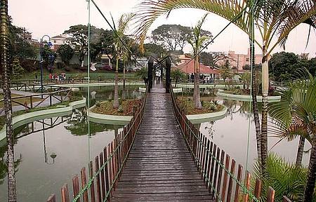 Parque Catarina Scarparo D'Agostini - Área é interligada ao Espaço Chico Mendes por um túnel