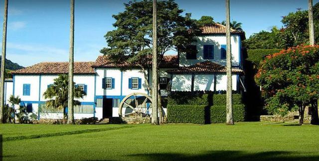 Belíssima construção na Fazenda Ponte Alta
