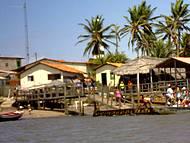 Pequeno povoado às margens do Rio Preguiças