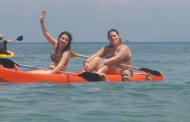 Praia do TEnorio(ubatuba) Diversão para Família Inteira