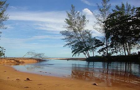 Águas Mansas - Saída da lagoa para a praia