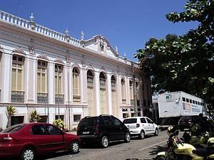 Palácio da Justiça: Casario colonial enfeita as ruas da capital -