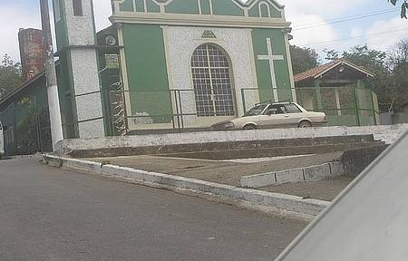 Igreja de Urucuia - Momento Religioso