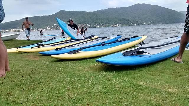 Stand up paddle na lagoa