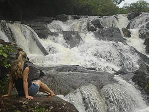 Cachoeiras da Meia-Lua e da Usina Velha: Cidade é cercada por quedas d´água  -