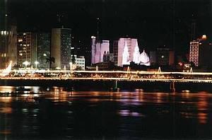 Centro de Campos - De noite