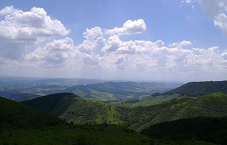 Vista do Jundiuvira - Serra do Jundiuvira possui várias cascatas além de uma bela vista panorâmica