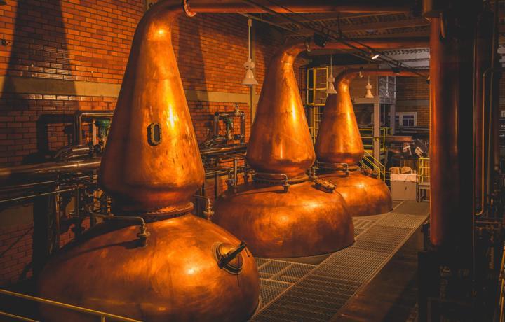Destiladores surpreendem pelo tamanho