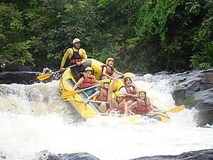 Rafting, bóia-cross, canoagem e acquaride