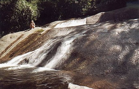 Cachoeiras - Três Bacias é perfeita para um banho com as crianças
