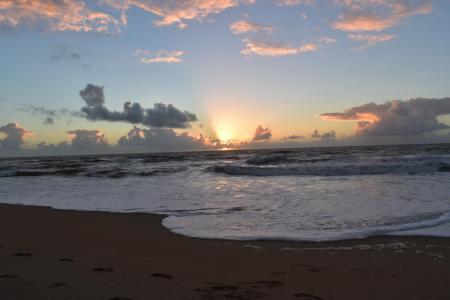 Ilha de Guriri - ES - Nascer do sol.