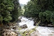 Rios, como o Aiuruoca, formam diversas corredeiras