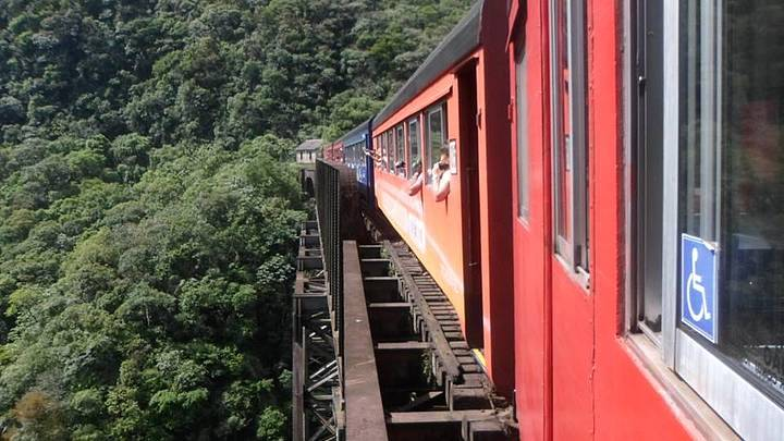 Trem da Serra do Mar
