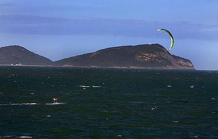 Kitesurf - Bons ventos atraem adeptos do esporte