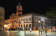 Agitação na noite de Salvador.