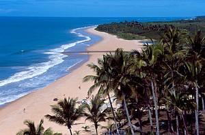 Rio da Barra: Praia fica no caminho para Arraial d'Ajuda<br>