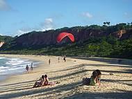 Parapente na praia Pitinga