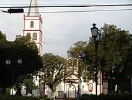 Belíssima praça da Igreja Matriz !
