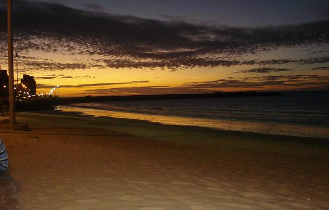 lindo fim de tarde na praia de Meireles