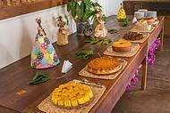 Café e bolos fazem parte do tour guiado