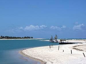 Barra do Cunhaú: Passeio de barco tem paradas para banho!<br>
