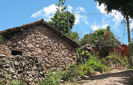 Andaraí / Igatu - Casario de pedras é típico de Igatu