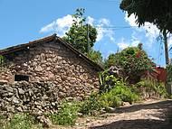 Casario de pedras � t�pico de Igatu