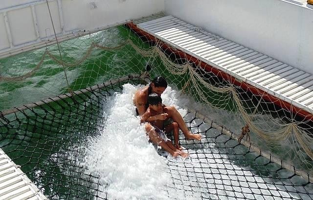 Catamarã com hidromassagem