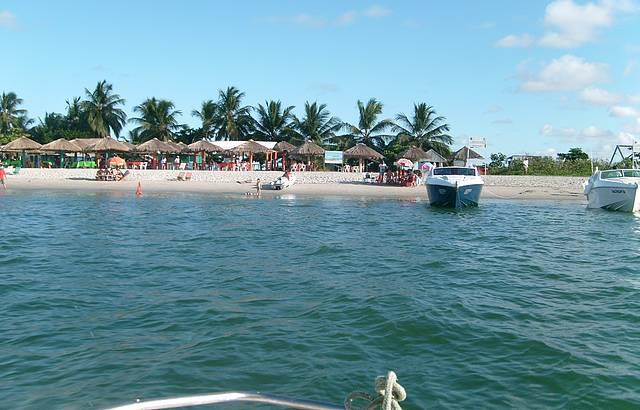 Travessia de barco para a ilha