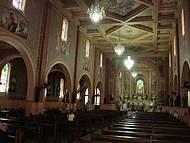 Igreja da Matriz, Pinturas e Vitrais São Destaque