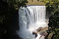 Curtir as cachoeiras de Ponte Alta do Tocantins